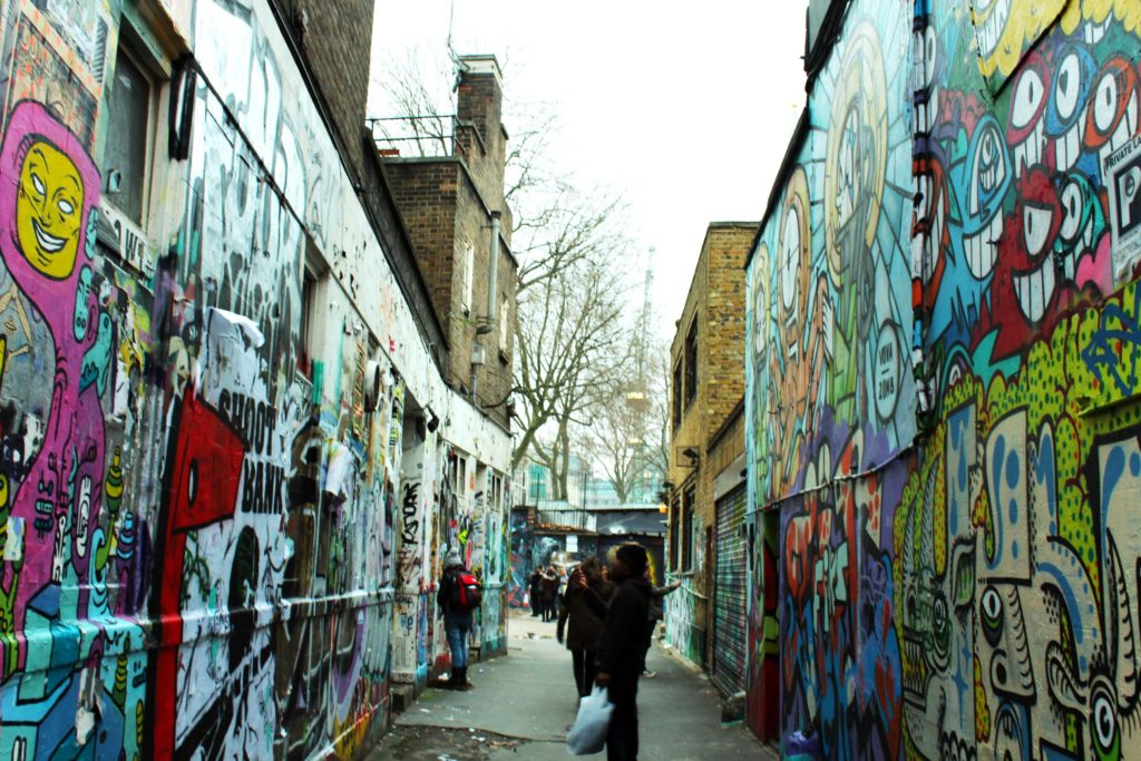 Street Art at Brick Lane - London Budget Trip - 14 free attractions London detailed reviews