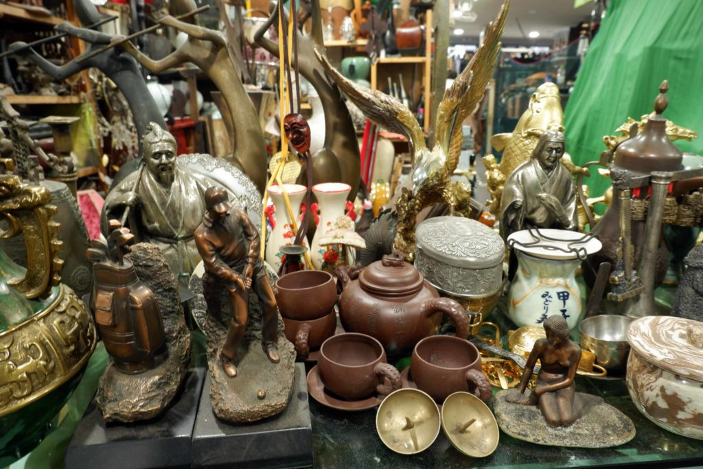 Antiques at Seoul Folk Flea Market